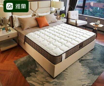 雅兰深睡尊享版和喜临门4D席梦思乳胶床垫有什么区别?哪个更好?